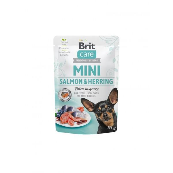 Brit Care Mini Salmon & Herring fillets in gravy for sterilised dogs - паучове със сьомга и херинга за кастрирани малки кученца