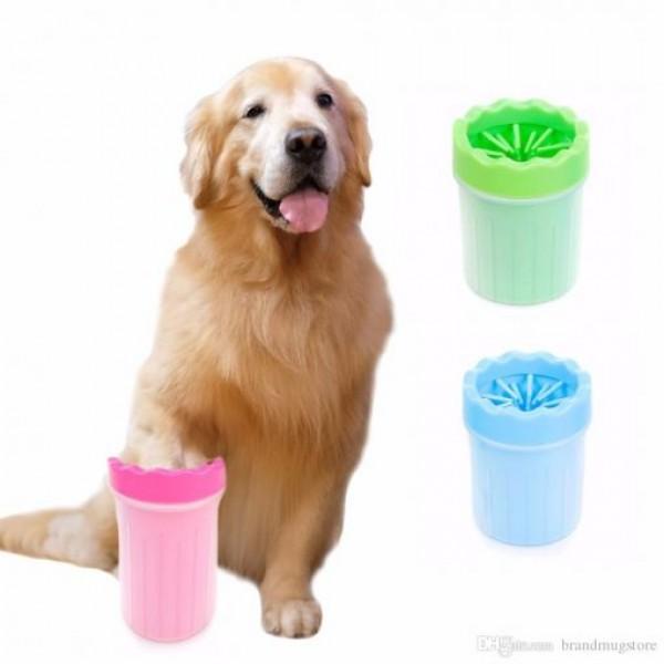 Чашка за почистване на лапички на куче